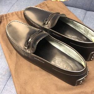 Men's Tods loafers -New w/dust bag